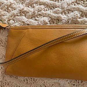 Auth Salvatore Ferragamo tan leather shoulder bag